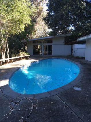 norton-detached-pool-house